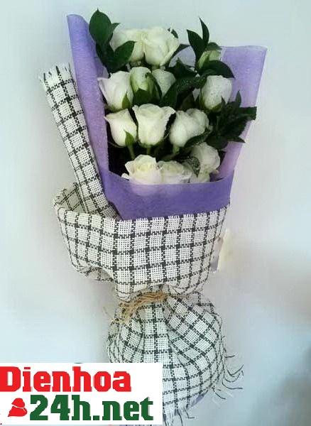 Bó hoa hồng bạch